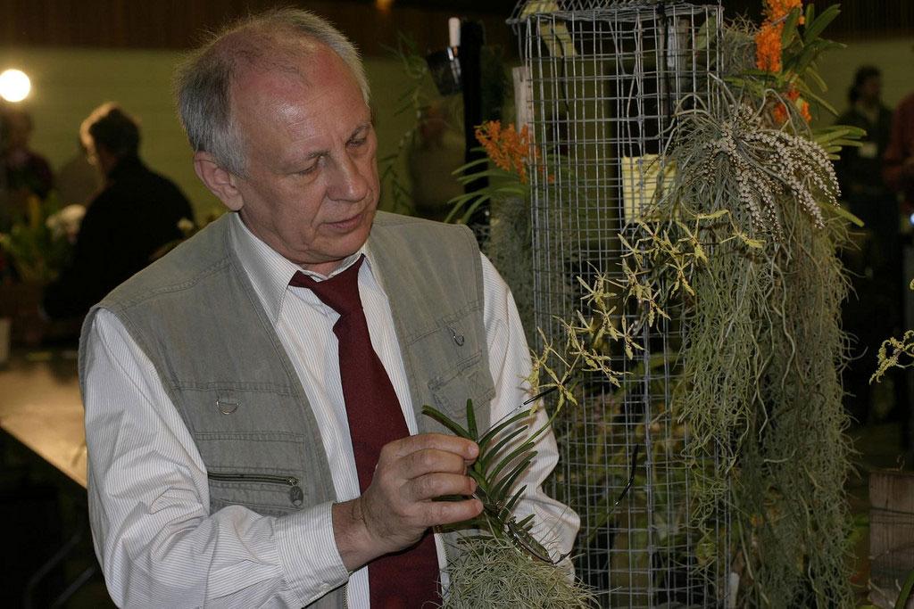 nhà thực vật học Nga Tiến sĩ Leonid Averyanov